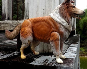 Movable Lassie Collie Figurine