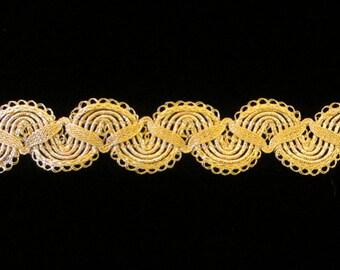 "750.1 Metallic gimp trim - ""Single Zig with Ruff"" bright gold - 7/8"" (22mm)"