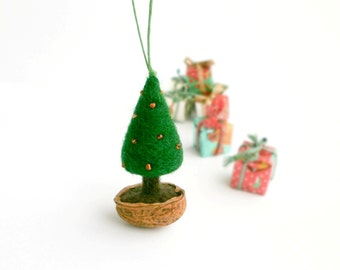 MADE TO ORDER, Christmas tree in a walnut shell, Natural Christmas Decoration, Needle Felted Christmas Tree Ornament, Rustic Décor