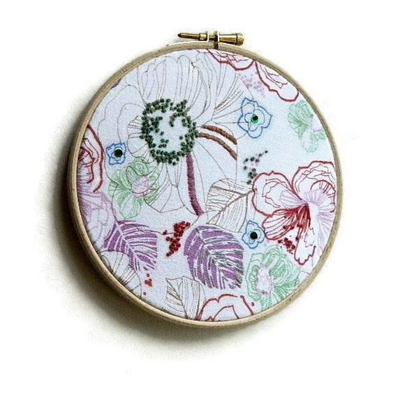Embroidery hoop art floral flower by anneatcountrybazaar