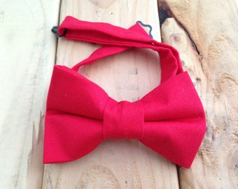 Red bow tie, Red Christmas bow tie, Holiday Bow tie, Father's Day Gift, Holiday bow tie, Christmas bow tie,