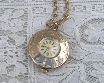 Vintage Gold Tone Swiss Caravelle Watch Pendant and Chain