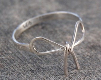 Silver Ring - 925 Sterling Silver Ring - Wire Ring - Bridesmaids Ring - Cute Ring - Thin Ring - Dainty Ring - Children's Ring - Bow Ring