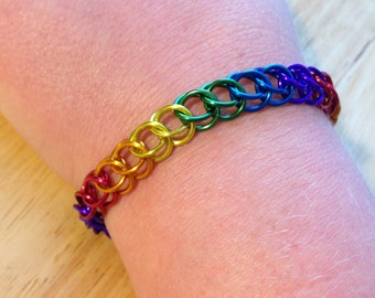 PRIDE Rainbow Bracelet - Chainmaille