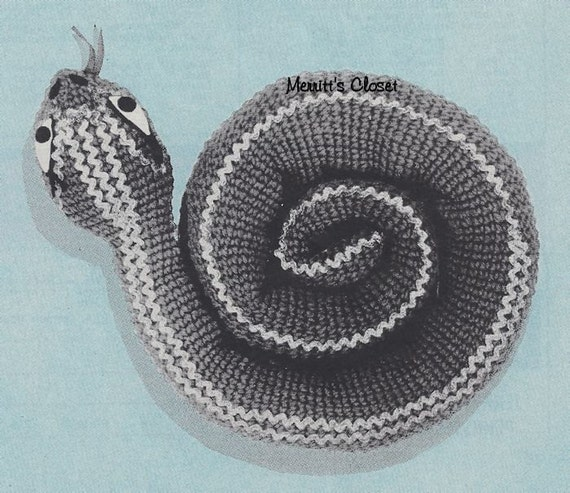 Snake Cushion Knitting Pattern : 60 Snake Accent Item Pillow Toy Perfect Gift