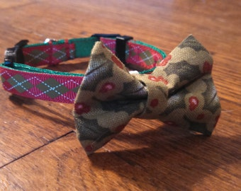 """Red and Green Argyle Holiday/Christmas, 3/8"""" wide, adjustable collar. Optional Bow tie or Flower accessory.  For toy dogs and cats."""
