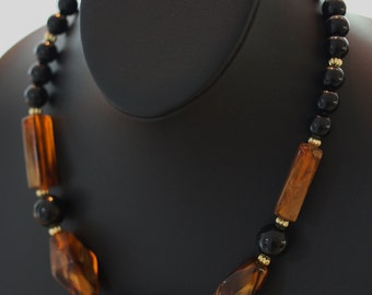 Fabulous Caramel and Copper Vintage Necklace