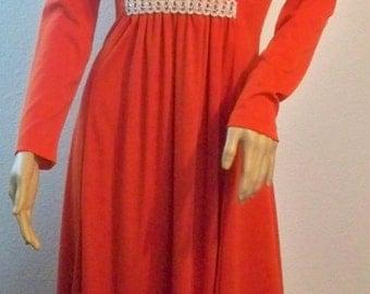 HALF PRICE:Vintage 70s Long Red Orange-ish Flow Dress Fortel