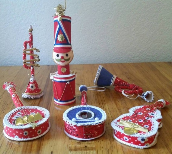 Vintage Musical Instrument Ornaments Christmas Tree Wreath