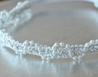 Ivory White Lace and Pearl Baby Halo, Ready to Ship, Newborn Photo Prop, Baby Photo Prop, Elastic Headband.