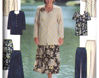 Simplicity Sewing Pattern 8001 Women's tunic, skirt and pants  Size FF 18W-24W  Uncut