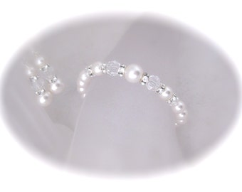 Wedding Jewelry bridal bracelet and earring set Swarovski crystal and pearl jewelry set