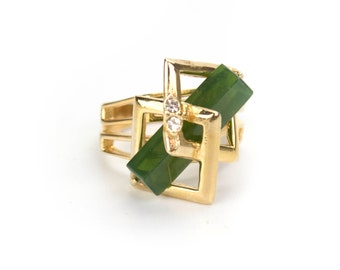 UNIQUE Vintage Retro Glass Jade 18k Gold Electroplated Geometric Cocktail Ring with Austrian Crystals Accent Made in USA New Old Stock #R368