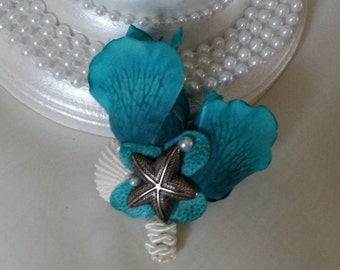 Beach Brooch Boutonniere