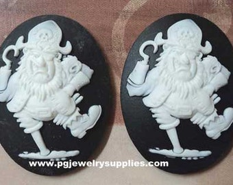 40x30 peg leg hook pirate cameos white on black 2 pieces