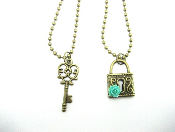 Lock and key necklace set matching lock and key jewelry set for Couples matching jewelry sets