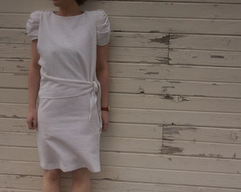 Vintage White Eighties Dress. White Wrap Dress. Bucle Fabric. Short. Mod. Retro. White Party Dress. JF Dress.MI USA. Wrap Dress.