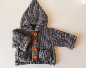 Jacket with hood baby from birth in 24 months knit woolen and acrylic grey color hand