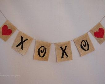 Burlap Banner ~ XOXO