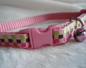 Cheeky Checkered Cat Collar