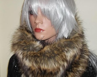 Snood Scarf in Luxurious 60mm Faux Fur in Brown Tones with Silvery Beige Highlights