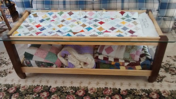 Items similar to Coffee table Quilt Display Case and storage on Etsy : quilt display cases - Adamdwight.com
