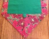 Table runner for Christmas, sz M, green inside & poinsettia pattern, coffee table scarf, Christmas decor, dresser scarf, handmade  025 A B