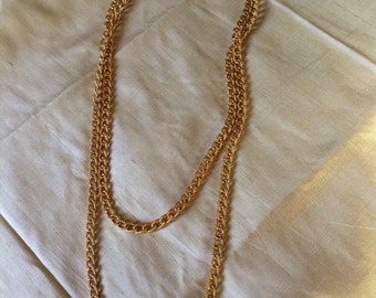 Vintage 80s Monet (signed) Gold-Tone Opera Chain Necklace