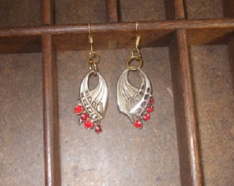 Vintage Updated Earrings Gold Tone Fish Hook with Red Prong Set Stones look like Real Gold
