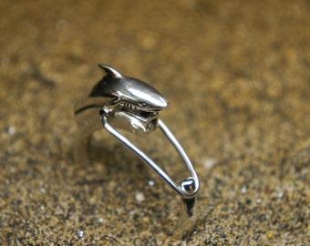 Shark silver keychain
