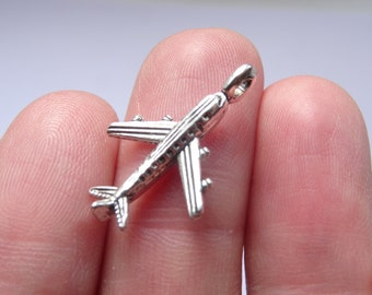 8 Antique Silver Airplane / Aeroplane Charms - 23 x 15mm - Ref SC066