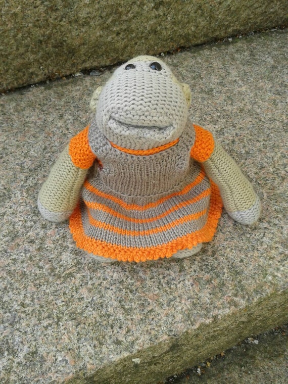 Knitting Pattern For Pg Tips Monkey : Outfit for a 7 PG Tips monkey