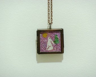 Hare embroidered pendant 7