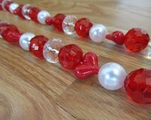 Red and White Bead Garland, Red Heart Garland, Red Bead Garland,Photo Prop,Beaded Garland,Bead Drape, Valentine Photo Prop,Gifts