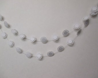 Medallion Paper Garland - Weddings, Baby Showers and Parties