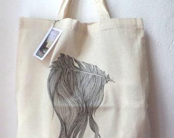 Cotton bag 'Hear Hear' with short straps