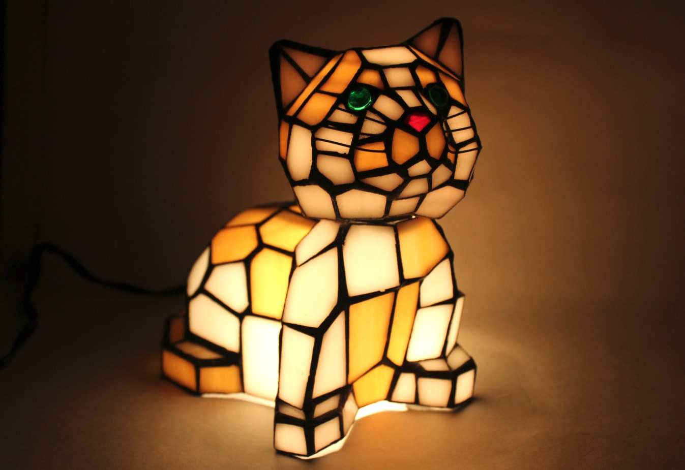 tiffany style stained glass cat lamp vintage art glass bobble. Black Bedroom Furniture Sets. Home Design Ideas