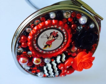 Themed Compact Mirror