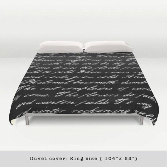 housse de couette noir et blanc criture po me noir et blanc. Black Bedroom Furniture Sets. Home Design Ideas