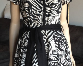 Black and White Rock and Roll Dress, Full Skirt and Tie Belt, Size 16,