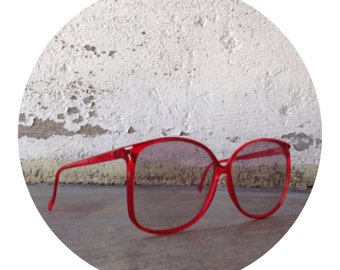 80's Red Frame Sunglasses