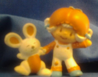 Apricot & Hopsalot Figurine