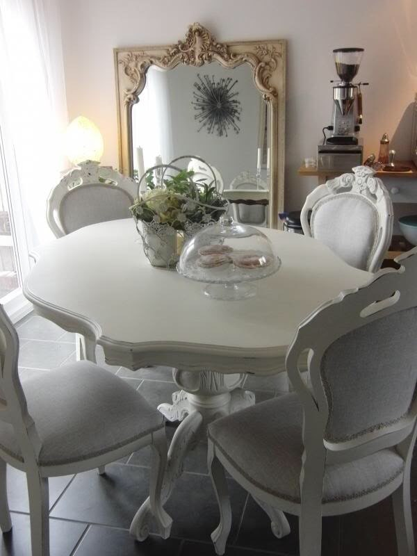 Shabby Chic French Style Dining Table And 4 Dining Chairs