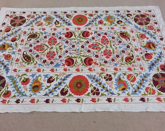 Size:7.3 ft by 4.10 ft Handmade Silk and Cotton Uzbak Suzani Wall Hanging Suzani Home Decor Suzani