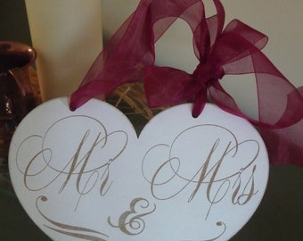 Mr and Mrs Wedding Sign, Heart Shaped Wedding Sign, Shabby Chic Wooden Sign, Photo Prop
