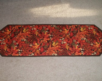 """Kitchen Dining Fall Table Runner Centerpiece Mat Topper Leaves Pinecones Mushrooms 40"""""""