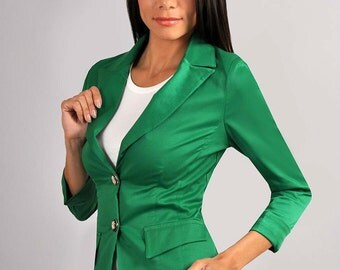 Classic green jacket. Jacket for women. Autumn winter jacket. Jacket with long sleeves. Jacket with two buttons.