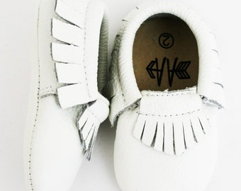 Brand New 100% Leather WHITE Moccasins Baby Toddler Boys Girls Shoes Soft Soles Moccs