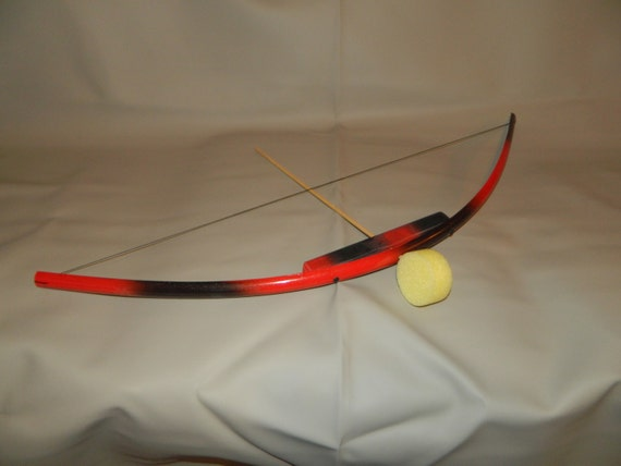 Black red kids toy bow with 3 arrows pvc and by woodsarchery for Kids pvc bow