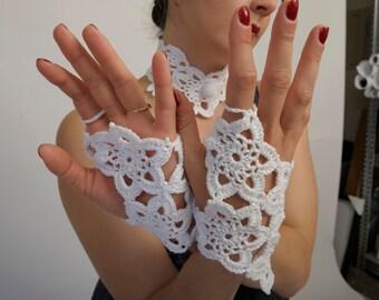 Short crocheted and beaded retro Summer wedding bridal gloves -